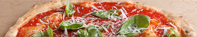 Italy yacht charter - pizza