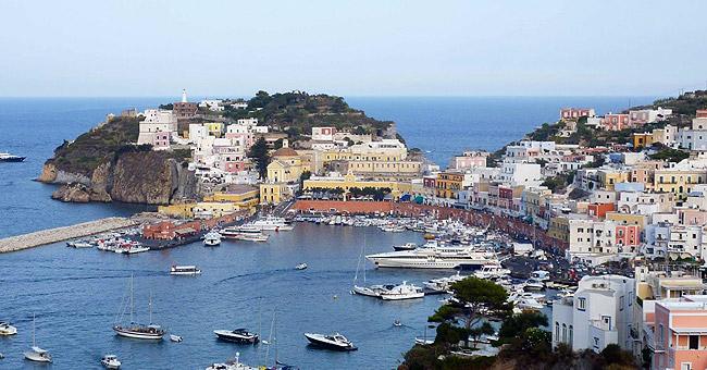 Italy yacht charter - Ponza