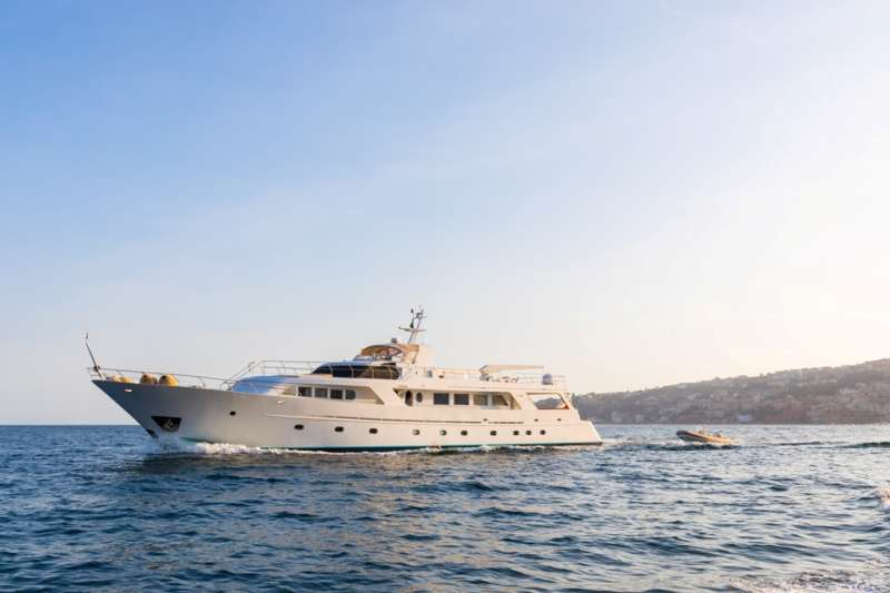 M/Y India Yacht Charters in Italy