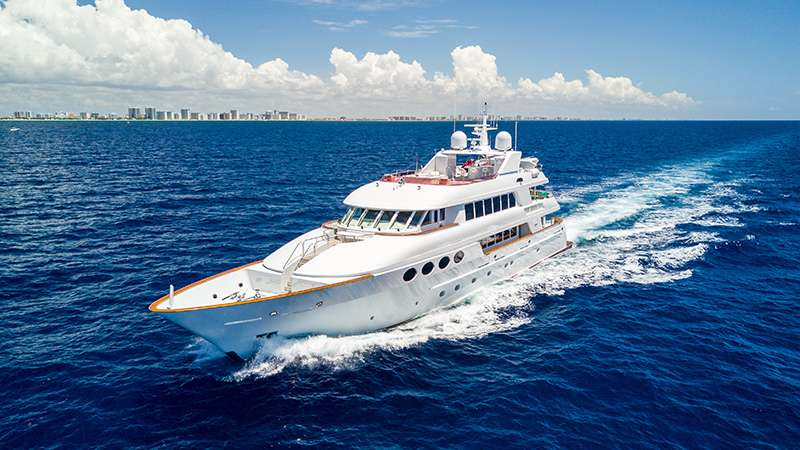 M/Y Relentless Yacht Charter